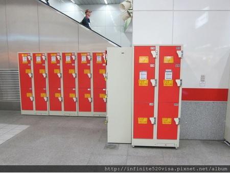 高雄MRT「左営」駅のコインロッカー